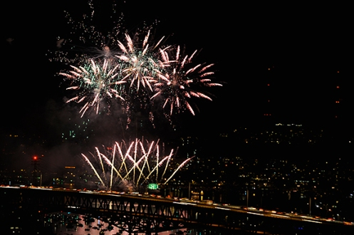 sea_fireworks1